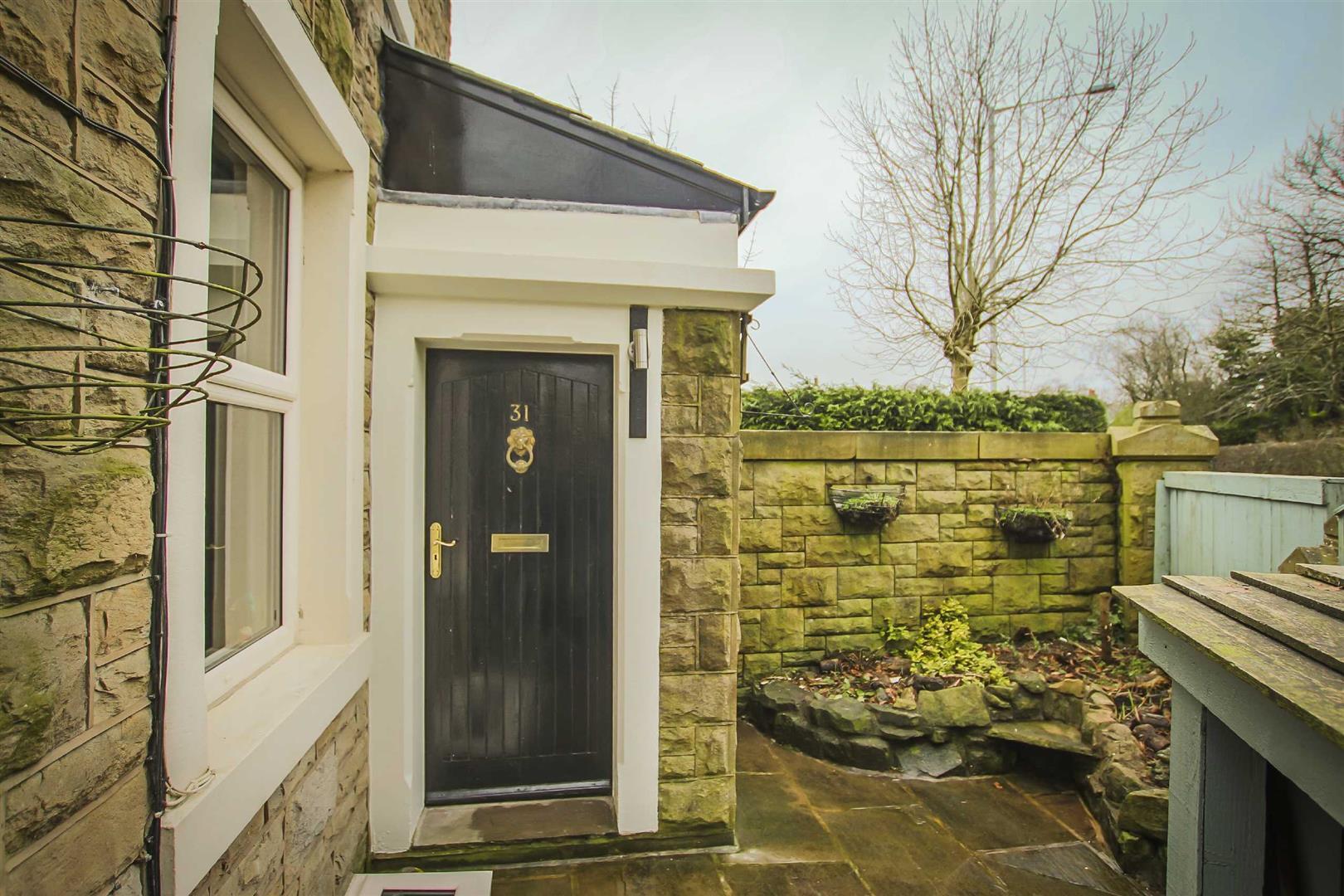 2 Bedroom Detached House For Sale - Image 9